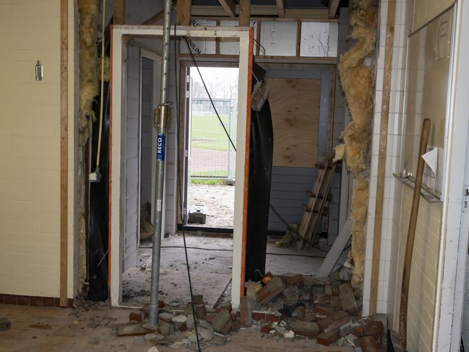 foto's bouw kleedkamers